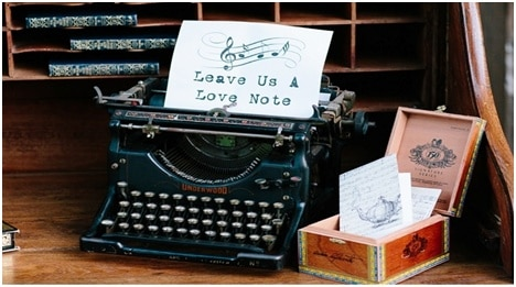 1.9 TypewriterLoveNote